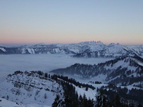 Foto: hofchri / Ski Tour / 4 Gipfeltour in der Osterhorngruppe ab der Gaißau / Abendstimmung vor der Abfahrt / 13.01.2009 12:41:42