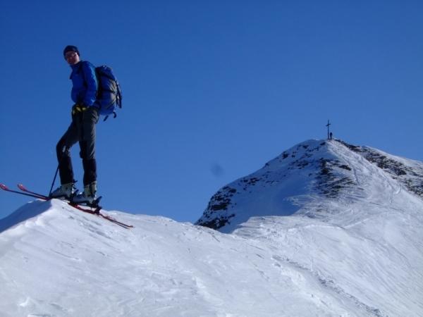 Foto: Bernhard Berger / Ski Tour / Von Navis auf die Schafseitenspitze / Foto: Bernd Golas / 13.01.2009 16:34:43