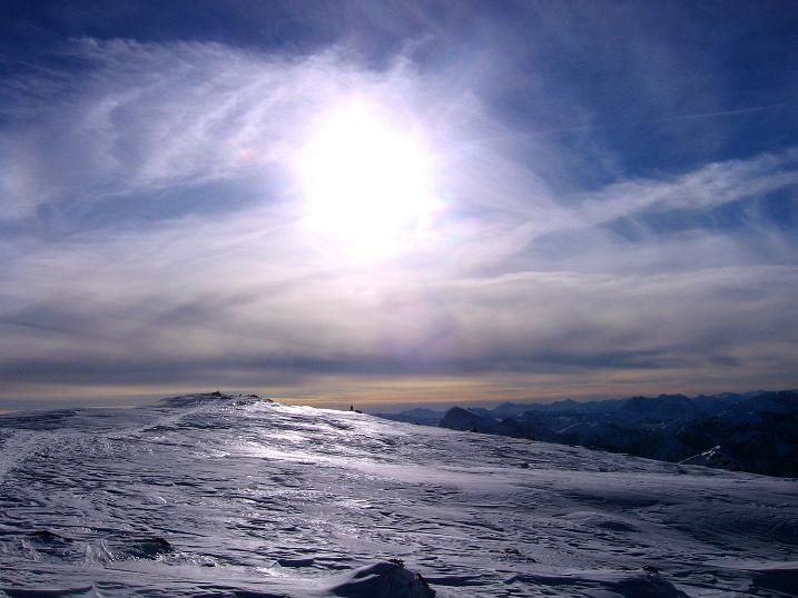 Foto: Andreas Koller / Ski Tour / Durch das Nappental auf die Kräuterin (1919m) / Vom Gipfelkreuz zum höchsten Punkt mit Gipfelbuch / 18.01.2009 23:25:45