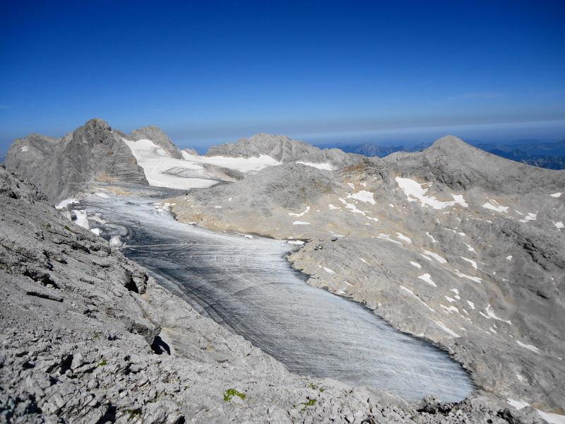Foto: Günter Siegl / Klettersteig Tour / Irg – Klettersteig auf den Koppenkarstein / Blick auf Dachstein, Hohes Kreuz, Gjaidstein... / 24.08.2015 10:34:33