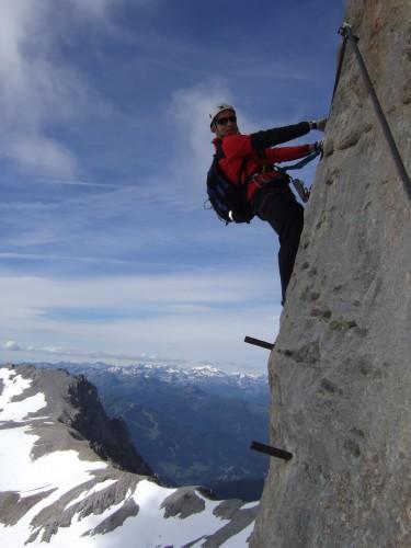Foto: hofchri / Klettersteig Tour / Irg – Klettersteig auf den Koppenkarstein / luftige Pfeilerkante / 20.07.2009 21:41:05