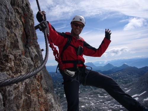 Foto: hofchri / Klettersteig Tour / Irg – Klettersteig auf den Koppenkarstein / immer schön lächeln - heute sind wir alleine unterwegs / 20.07.2009 21:41:49
