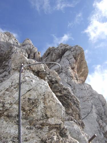 Foto: hofchri / Klettersteig Tour / Irg – Klettersteig auf den Koppenkarstein / augesetzter Grat / 20.07.2009 21:42:24