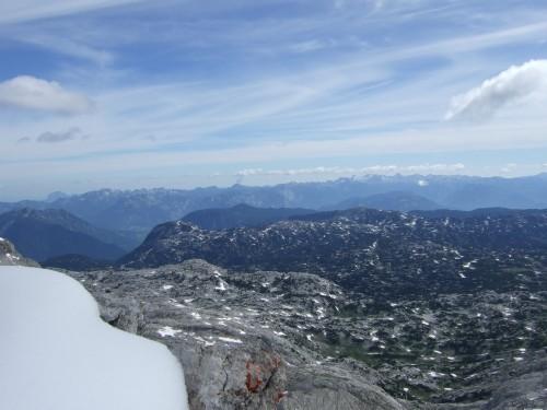 Foto: hofchri / Klettersteig Tour / Irg – Klettersteig auf den Koppenkarstein / weit, sehr weit sieht man heute / 20.07.2009 21:44:21