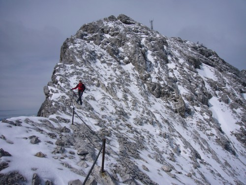 Foto: hofchri / Klettersteig Tour / Irg – Klettersteig auf den Koppenkarstein / Gratwanderung auf Schnee und Eis / 20.07.2009 21:47:24