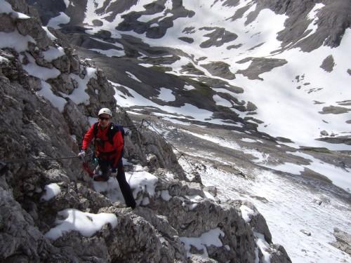 Foto: hofchri / Klettersteig Tour / Irg – Klettersteig auf den Koppenkarstein / etwas Neuschnee im Steig - kalt ist es / 20.07.2009 21:28:03