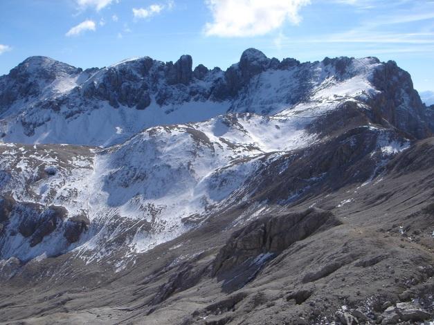 Foto: Manfred Karl / Klettersteig Tour / Irg – Klettersteig auf den Koppenkarstein / Auch am gegenüberliegenden Gamsfeldkamm gibt es einen netten Klettersteig (siehe alpintouren.at) / 22.01.2009 22:11:07