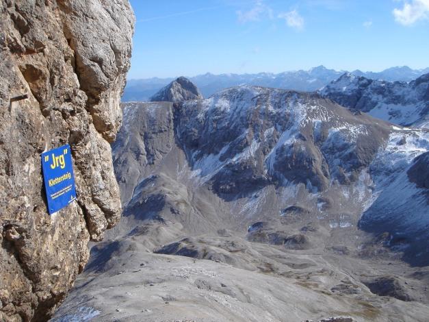 Foto: Manfred Karl / Klettersteig Tour / Irg – Klettersteig auf den Koppenkarstein / Was der Irg Steiner wohl zu so einer Ehre sagen würde? / 22.01.2009 22:10:07