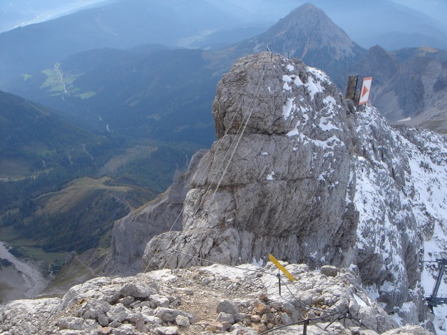 Foto: Manfred Karl / Klettersteig Tour / Irg – Klettersteig auf den Koppenkarstein / Überblick: Wen´s schaudert, der kann ausweichen, es ist aber wirklich harmlos und einen Versuch wert / 22.01.2009 22:01:51