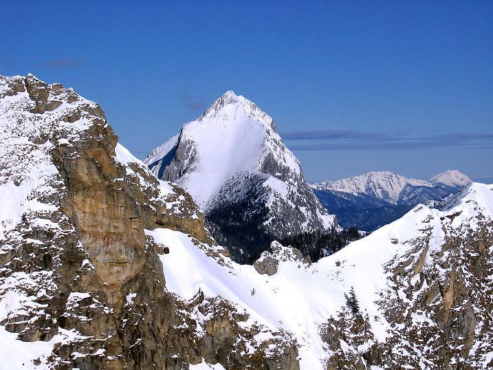 Foto: Andreas Koller / Ski Tour / Über den Leobner (2036m) / Der Lugauer (2217 m) zieht alle Blicke auf sich. / 25.01.2009 23:41:20