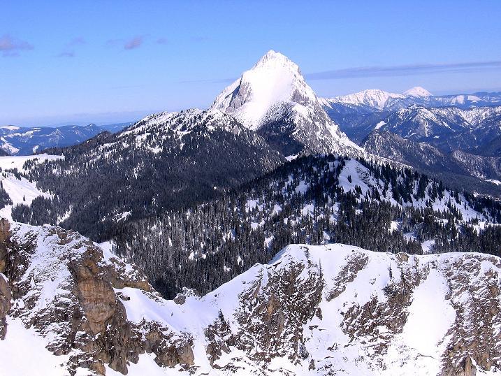 Foto: Andreas Koller / Ski Tour / Über den Leobner (2036m) / Der Lugauer (2217 m), im Hintergrund der Ötscher (1894 m) / 25.01.2009 23:40:28