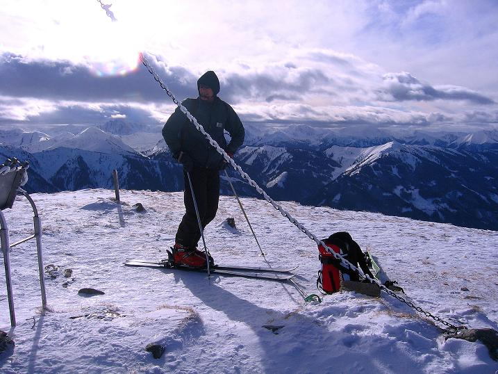 Foto: Andreas Koller / Ski Tour / Über den Leobner (2036m) / Aussicht in die Niederen Tauern / 25.01.2009 23:36:51