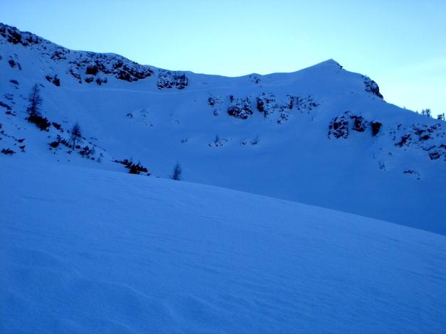 Foto: Manfred Karl / Ski Tour / Vom Gasthof Winkelmoos auf den Karstein / Rückblick zum Gipfel mit dem Nordkar / 26.01.2009 20:14:40