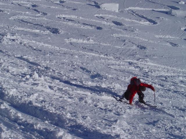 Foto: Manfred Karl / Ski Tour / Schöpfing (2143m) / Etwas mühsam kann das Spitzkehren machen am Gipfelhang schon sein / 26.01.2009 21:03:47