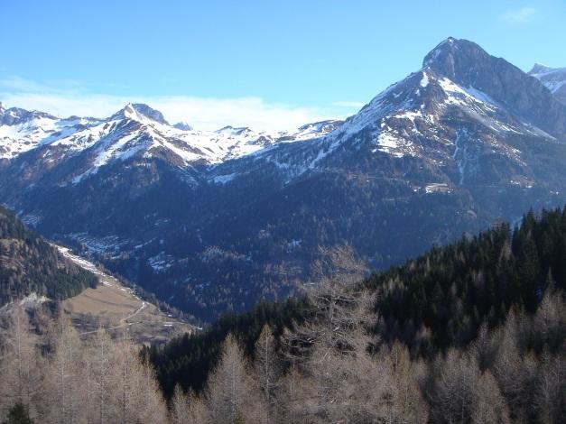 Foto: Manfred Karl / Ski Tour / Durch die Hölle auf das Weißeck / Blick gegen Aignerhöhe - Stampferwand - Zwillingswand / 26.01.2009 22:17:57