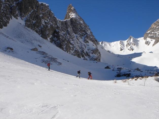 Foto: Manfred Karl / Ski Tour / Durch die Hölle auf das Weißeck / Landschaftlich sehr schön ist die Wanderung durch das Kar der Hölle / 26.01.2009 22:14:31