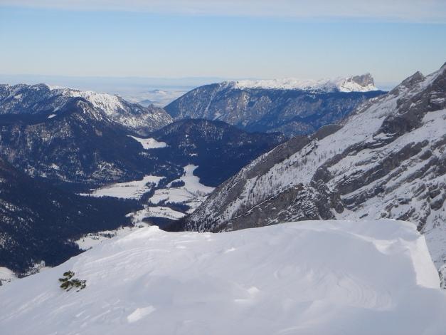 Foto: Manfred Karl / Ski Tour / Vorderberghörndl (2082m) / Blick zum Lattengebirge und Untersberg / 27.01.2009 07:52:14