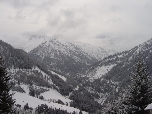 Foto: Manfred Karl / Ski Tour / Joch (2052m) / Das Wetter weiß nicht so recht was es will / 28.01.2009 14:29:03