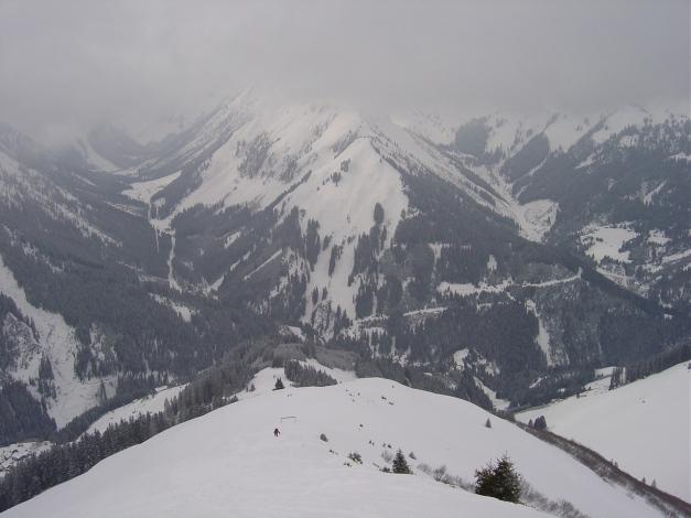 Foto: Manfred Karl / Ski Tour / Joch (2052m) / Aufstieg über den Westrücken / 28.01.2009 14:27:38
