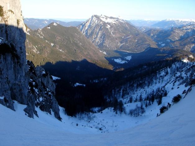 Foto: Manfred Karl / Ski Tour / Durch das Ostertal auf die Hörndlwand / Ostertal, im Hintergrund der Rauschberg / 28.01.2009 22:22:14