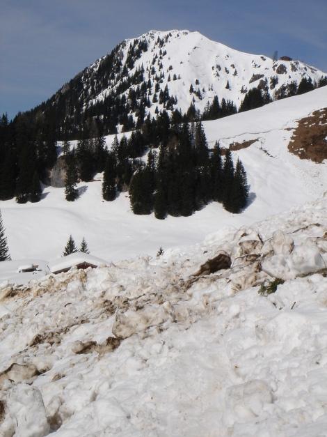 Foto: Manfred Karl / Ski Tour / Schneibstein, Bockskehl Abfahrt / Vor der Königstalalm, im Hintergrund der Jenner / 28.01.2009 22:49:25