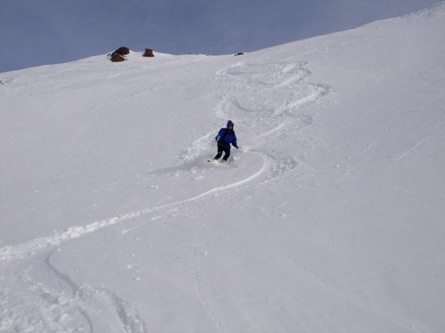 Foto: Manfred Karl / Ski Tour / Rosaninhöhe, 2280 m / Abfahrt in den flachen Boden unterhalb des Gipfels / 29.01.2009 20:38:50