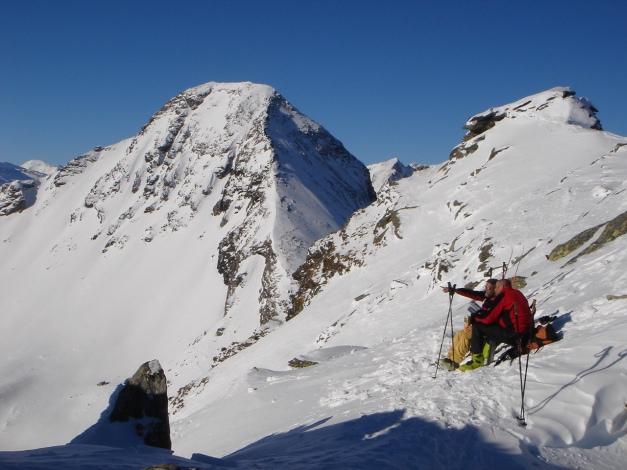 Foto: Manfred Karl / Ski Tour / Seemannwand, 2822 m / Ein herrlicher Rastplatz, links hinten der Schober, ebenfalls ein toller Schiberg / 29.01.2009 22:05:37