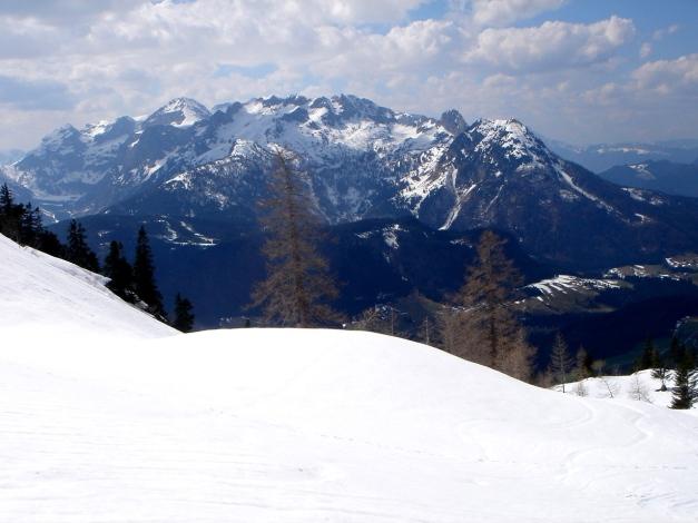 Foto: Manfred Karl / Ski Tour / DER Strichkogelklassiker über das Sulzkar und das Tiefenkar / Sulzkar gegen Tennengebirge / 29.01.2009 22:41:12