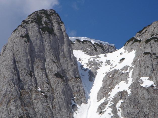 Foto: Manfred Karl / Ski Tour / DER Strichkogelklassiker über das Sulzkar und das Tiefenkar / Gaisriesenscharte, links Donnerkogel Südgrat / 29.01.2009 22:39:06