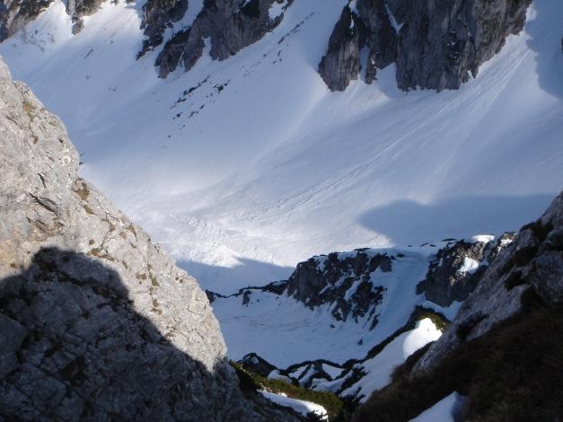 Foto: Manfred Karl / Ski Tour / DER Strichkogelklassiker über das Sulzkar und das Tiefenkar / Tiefblick ins Weitkar / 29.01.2009 22:33:49