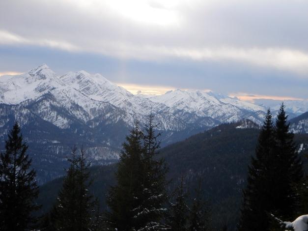 Foto: Manfred Karl / Ski Tour / Gamsknogel / Gamsknogl, 1750 m / Sonntagshorn - Reifelberge - Gratkamm zum Dürrnbachhorn / 30.01.2009 21:38:44