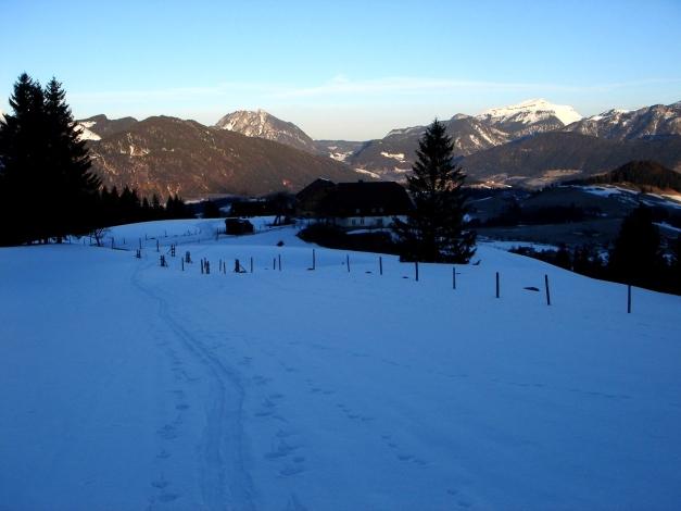 Foto: Manfred Karl / Ski Tour / Über die Gsengalm auf die Gsenghöhe / Aufstieg über das Gehöft Eggenreit / 30.01.2009 22:02:23