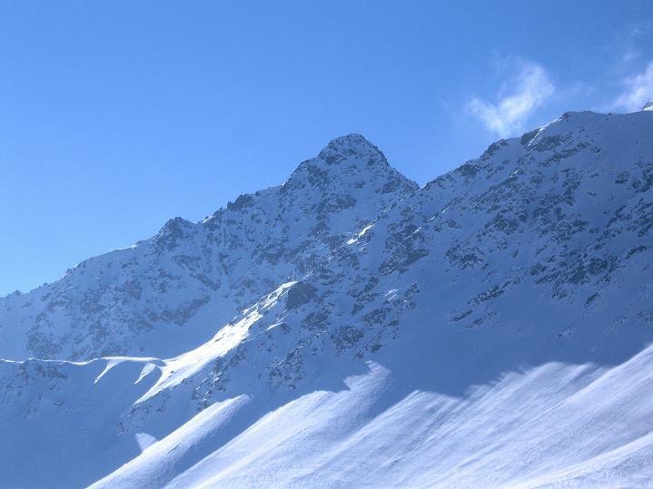 Foto: Andreas Koller / Ski Tour / Impressionen am Flüelapass (2606 m) / Flüela Schwarzhorn (3147 m) / 09.02.2009 00:59:01