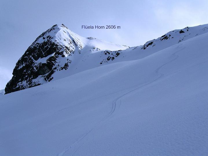 Foto: Andreas Koller / Ski Tour / Impressionen am Flüelapass (2606 m) / Traumhafte N-seitige Abfahrt  / 09.02.2009 00:51:55