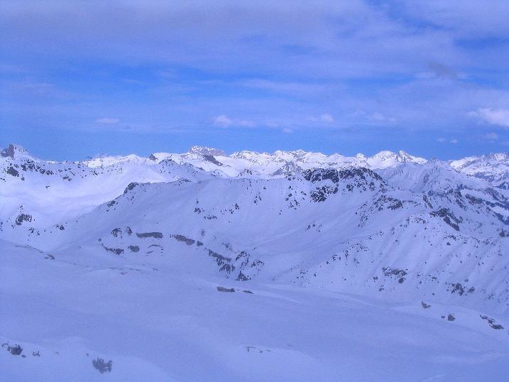 Foto: Andreas Koller / Ski Tour / Von der Madrisa aufs Rätschenhorn (2703m) / Blick auf die Vorarlberger Berge / 10.02.2009 19:54:23