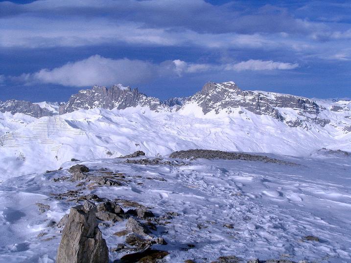Foto: Andreas Koller / Ski Tour / Von der Madrisa aufs Rätschenhorn (2703m) / Drusenfluh (2834 m) und Sulzfluh (2818 m) / 10.02.2009 19:41:43