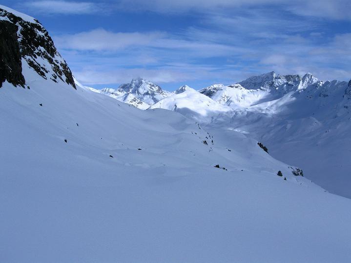 Foto: Andreas Koller / Ski Tour / Piz Turba (3018m) / Blick zurück zum Piz Julier (3380 m) / 09.02.2009 23:25:08