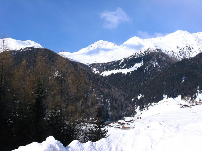 Foto: Andreas Koller / Ski Tour / Rotlahner (2748m) - Paradetour im Gsiesertal  / Ausgangspunkt: St.Magdalena im Gsiesertal / 16.02.2009 01:07:46