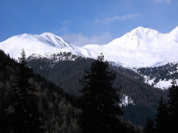 Foto: Andreas Koller / Ski Tour / Rotlahner (2748m) - Paradetour im Gsiesertal  / Zwei weitere tolle Tourenziel: Karbacher Berg (2512 m) und Hoher Mann (2593 m) / 16.02.2009 01:07:02