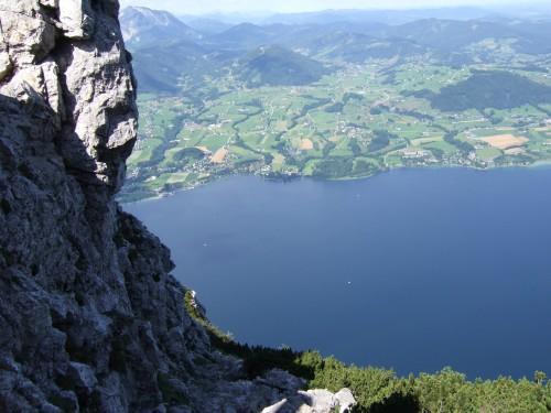 Foto: hofchri / Klettersteig Tour / Traunstein (1691 m) - Die Klettersteig-Quadrilogie / Tiefblick zum Traunsee / 20.02.2009 20:12:06