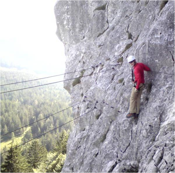 Foto: gumpiand / Klettersteig Tour / Predigstuhl (1278 m) - Die Klettersteig-Trilogie / Die Seilbrücke auf dem Weg zum Gipfel sollte man nicht verpassen! / 06.10.2009 22:11:04
