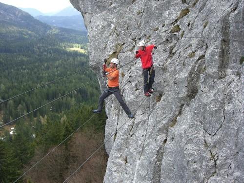 Foto: hofchri / Klettersteig Tour / Predigstuhl (1278 m) - Die Klettersteig-Trilogie / Seilbrücke am Weg zum Leadership-Klettersteig / 20.02.2009 20:32:11
