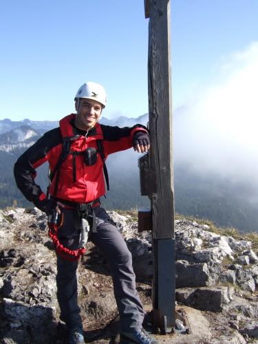Foto: hofchri / Klettersteig Tour / Predigstuhl (1278 m) - Die Klettersteig-Trilogie / Gipfelkreuz am Predigstuhl / 20.02.2009 20:35:11