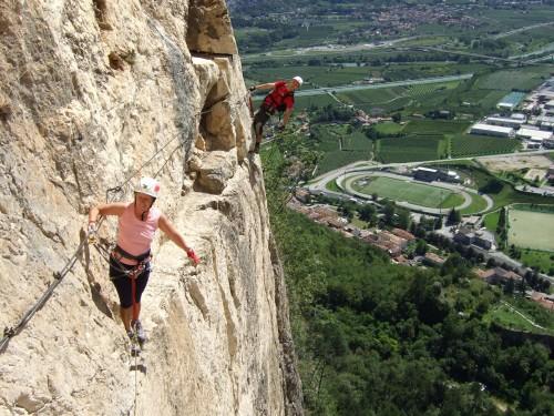 "Foto: hofchri / Klettersteig Tour / Monte Albano (695 m) über Ferrata ""Monte Albano""  / fotogener Quergang / 20.02.2009 21:40:45"
