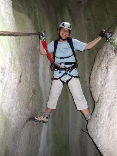 """Foto: hofchri / Klettersteig Tour / Castello di Drena (350 m) über Ferrata """"Rio Sallagoni""""  / Spreizschritt (C) nach dem Fluchtweg / 20.02.2009 21:06:10"""