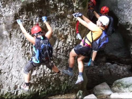 """Foto: hofchri / Klettersteig Tour / Castello di Drena (350 m) über Ferrata """"Rio Sallagoni""""  / wieder Boden unter den Füßen / 20.02.2009 21:06:39"""