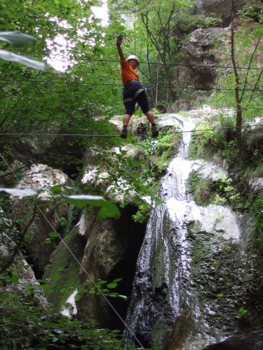 "Foto: hofchri / Klettersteig Tour / Castello di Drena (350 m) über Ferrata ""Rio Sallagoni""  / Seilbrücke / 20.02.2009 21:06:55"