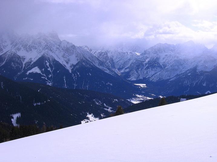 Foto: Andreas Koller / Ski Tour / Genusstour aufs Hochhorn (2623m) / 23.02.2009 00:20:55