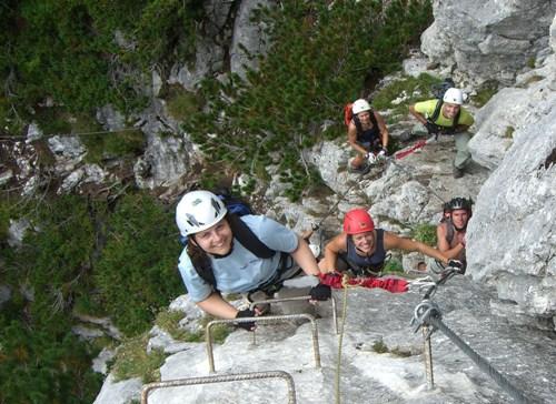 """Foto: hofchri / Klettersteig Tour / Steinplatte (1869m) über """"s´Schuasta Gangl-Klettersteig"""" / die Einstiegswand / 25.02.2009 12:11:58"""