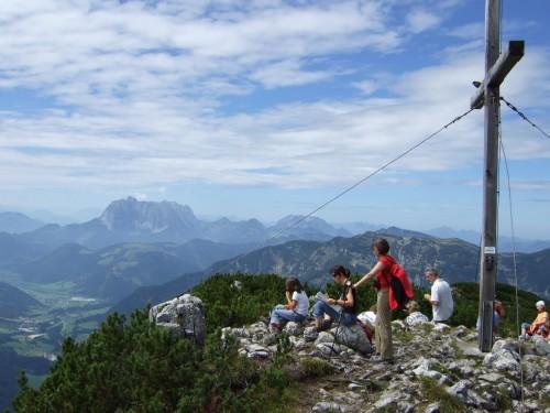 """Foto: hofchri / Klettersteig Tour / Steinplatte (1869m) über """"s´Schuasta Gangl-Klettersteig"""" / am Gipfel bei traumhaftem Panormama / 25.02.2009 12:16:02"""